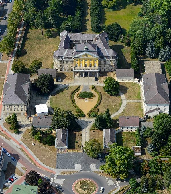 Feltöltési hely:Körmend – Batthyány Strattmann kastélyegyüttes és park