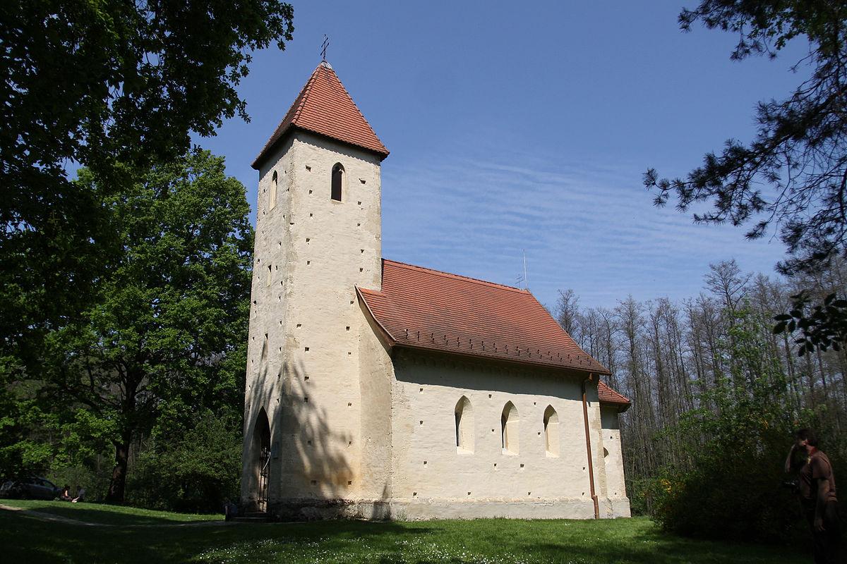 Szentháromság Templom Velemér